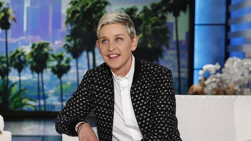 """ARCHIVO - Ellen DeGeneres aparece durante una grabación de """"The Ellen DeGeneres Show"""", en..."""
