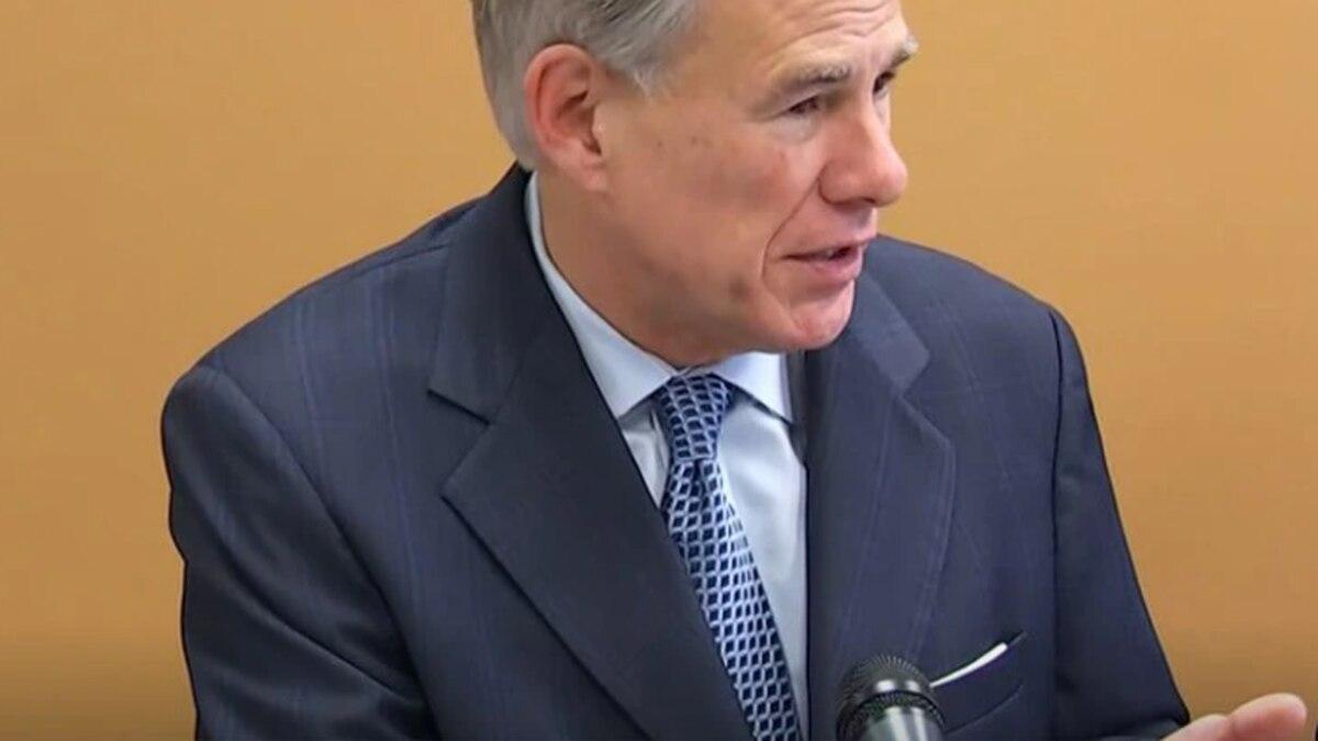 El gobernador de Texas emite una orden para prohibir los mandatos locales de vacunación